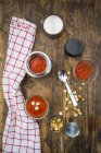 Tomato soup in thermos flask, croutons — Stock Photo