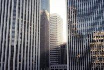 США, Каліфорнія, Сан-Франциско, Офісні будівлі — стокове фото