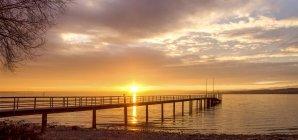 Allemagne, Bade-Wurtemberg, Constance, Lac de Constance, promenade au lever du soleil — Photo de stock