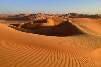 Oman, Dhofar, dune di sabbia nel deserto di Rub al Khali — Foto stock