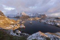 Norvegia, Lofoten, Reine di giorno — Foto stock