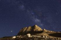 Иран, Фарс-Прованс, Нейриз, вблизи озера Бахтеган, Милкьюэй — стоковое фото