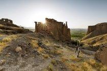 Іран, провінція Занджан, Mah-Neshan, замок Асєстан — стокове фото