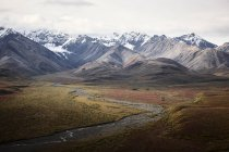 USA, Alaska, Denali National Park, Alaska Range in autumn — Stock Photo