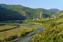 Albanie, Elbasan, près de Librazhd, vallée de Shkumbin, rivière Shkumbin — Photo de stock