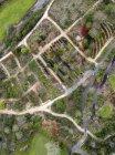 Indonesia, Bali, Jardines en la playa Payung - foto de stock