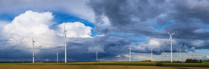 Alemanha, Tomerdingen, parque eólico — Fotografia de Stock