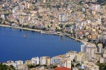 Albania, Contea di Vlore, Saranda, paesaggio urbano — Foto stock