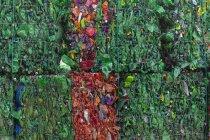 Marokko, Stapel von gepressten Plastikflaschen — Stockfoto