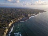 Indonesien, Bali, Luftaufnahme von Bingin Beach — Stockfoto
