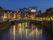 Germania, Amburgo, Zollkanal, Old Warehouse District ed Elbphilharmonie — Foto stock