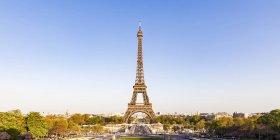 Frankreich, paris, panoramablick, place de varsovie und eiffelturm — Stockfoto