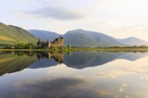 Great Britain, Scotland, Scottish Highlands, Argyll and Bute, Loch Awe, Castle Ruin Kilchurn Castle — Stock Photo