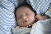 Porträt eines schlafenden Mädchens — Stockfoto