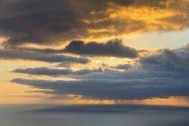Réunion, Côte Ouest, Saint-Leu, Coucher de soleil sur la mer — Photo de stock