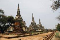Thailand, Ayutthaya, antike Ruinen des Tempels wat mahathat — Stockfoto