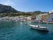 Italien, Kampanien, Capri, Marina grande — Stockfoto
