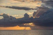 Ile Maurice, Le Morne, Coucher de soleil sur l'océan Indien — Photo de stock