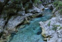 Eslovenia, Tolmin, Parque Nacional de Triglav, Gargantas de Tolmin - foto de stock