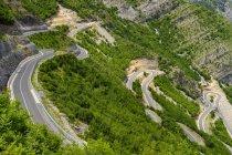 Albânia, Shkoder County, Alpes albaneses, cem Canyon, serpentina — Fotografia de Stock