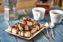 Крупным планом домашнее шоколадный торт — стоковое фото