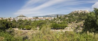 Griechenland, Athen, Panoramablick von der antiken Agora zur Stoa von Attalos und Akropolis — Stockfoto