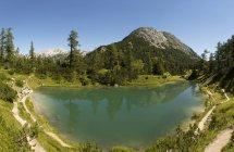 Austria, Estiria, Tauplitz, Totes Gebirge, Lago Maerchensee - foto de stock