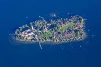 Allemagne, Bavière, Chiemgau, Vue aérienne du lac Chiemsee, Frauenchiemsee — Photo de stock