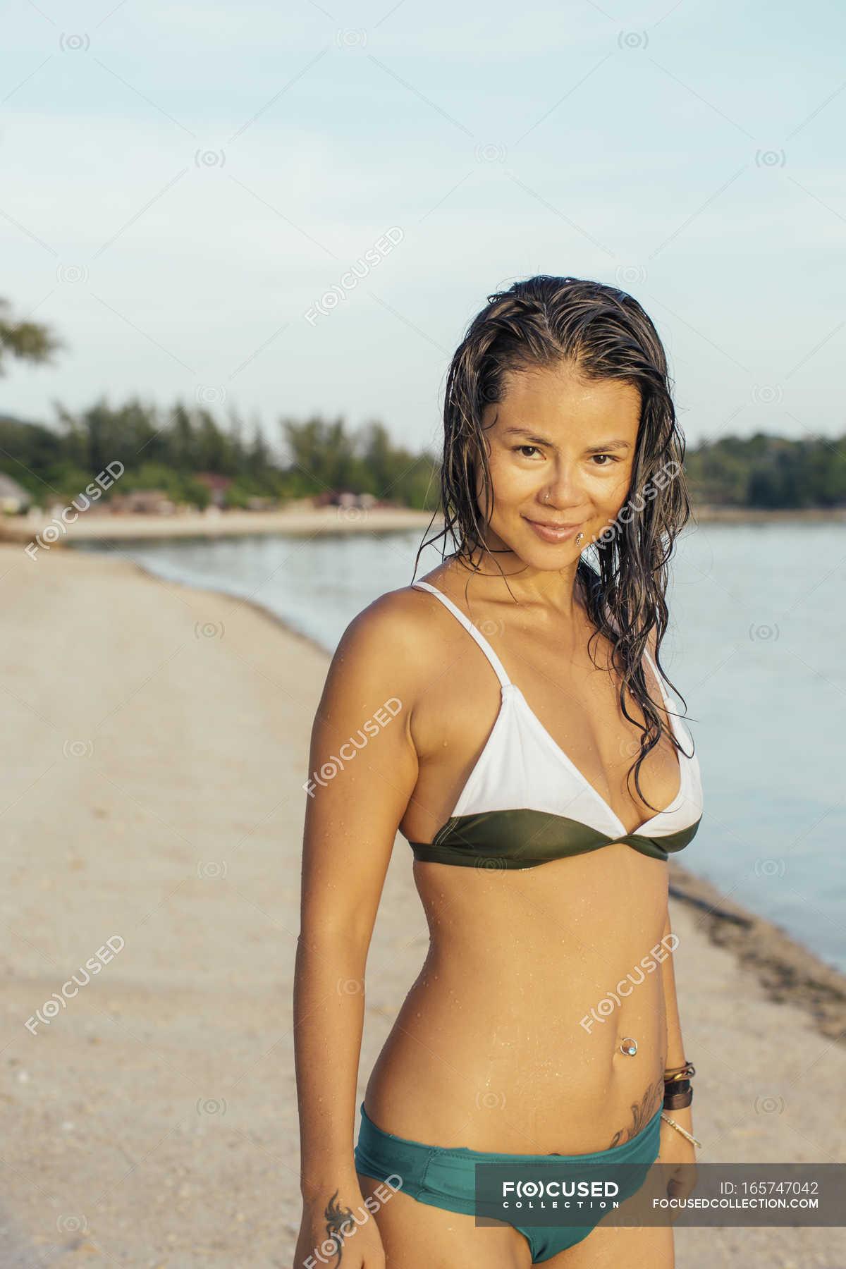 intimschmuck am strand