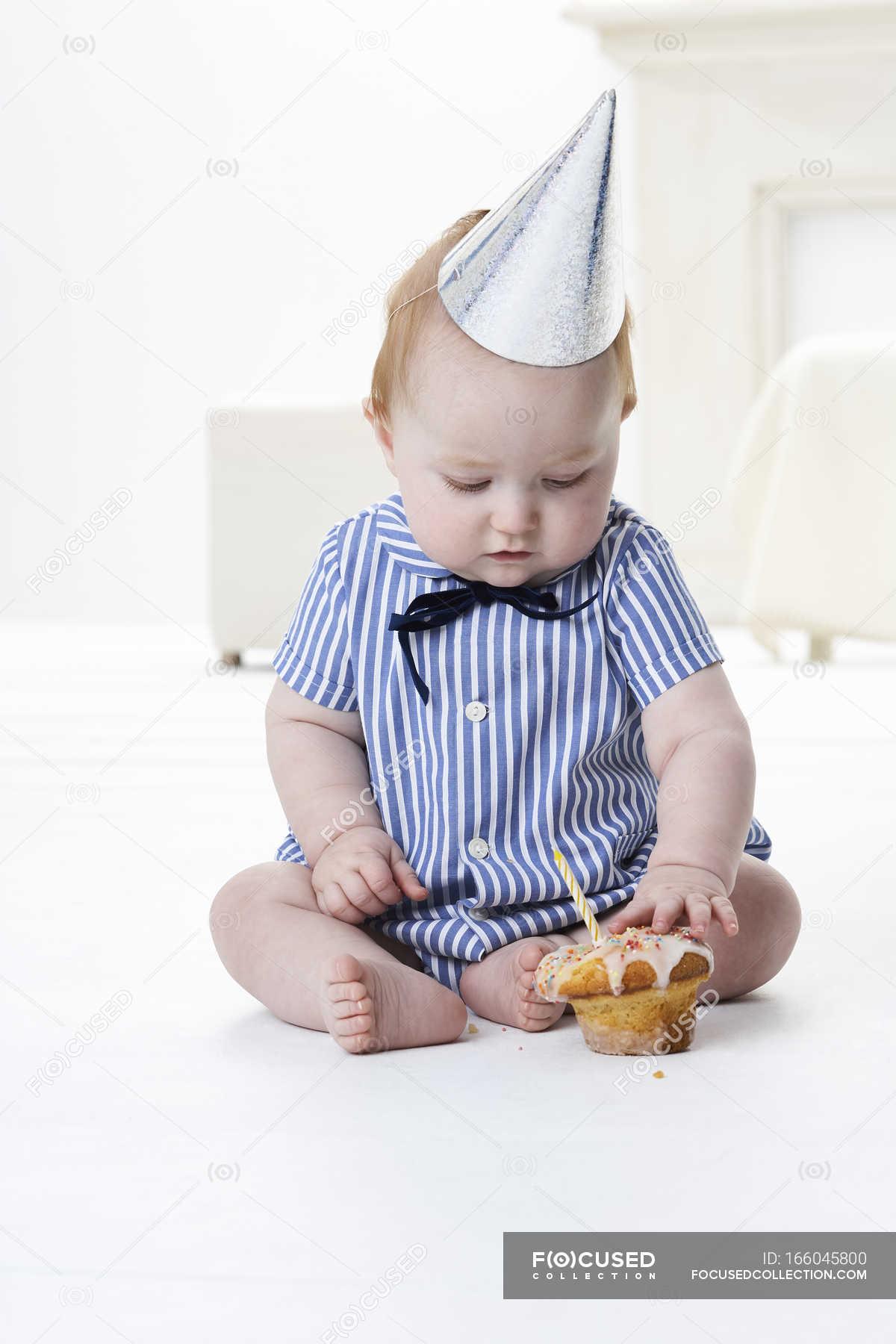 Baby Boy Test Geburtstagstorte Portrat Mannchen