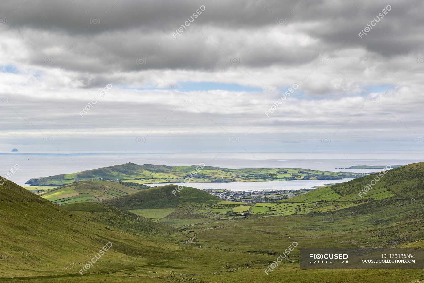 Dingle Peninsula, County Kerry, Ireland бесплатно