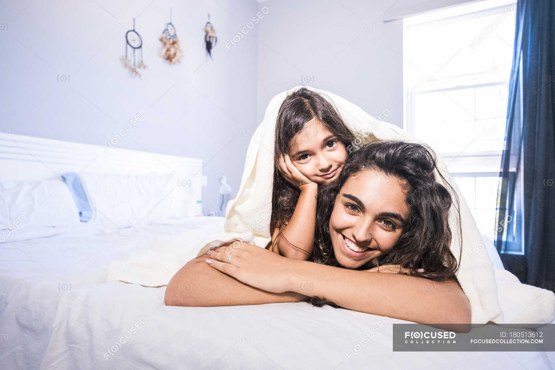 Трахнул сестру без ее разрешения, Не спросил разрешения и трахнул спящую сестру при 20 фотография
