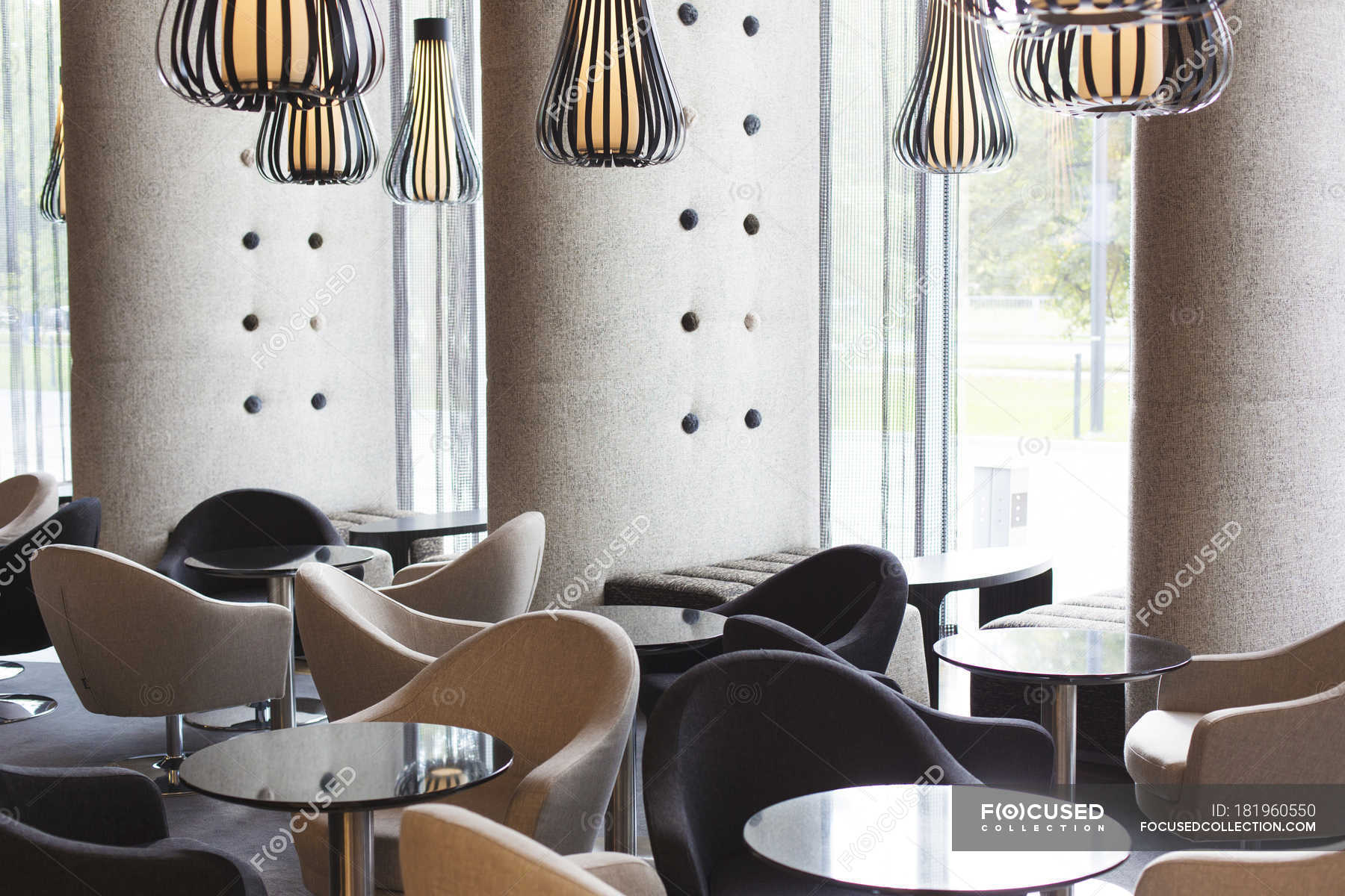 View to interieur in hotel lounge — Stock Photo | #181960550