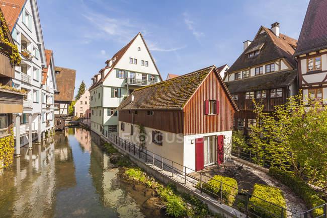 Maisons historiques à Rivière Blau — Photo de stock