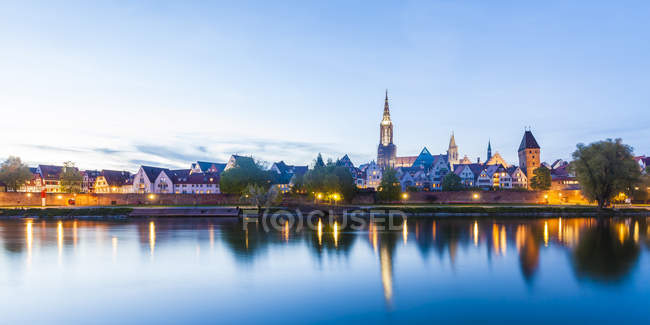 View to the city with Danube River — Stock Photo