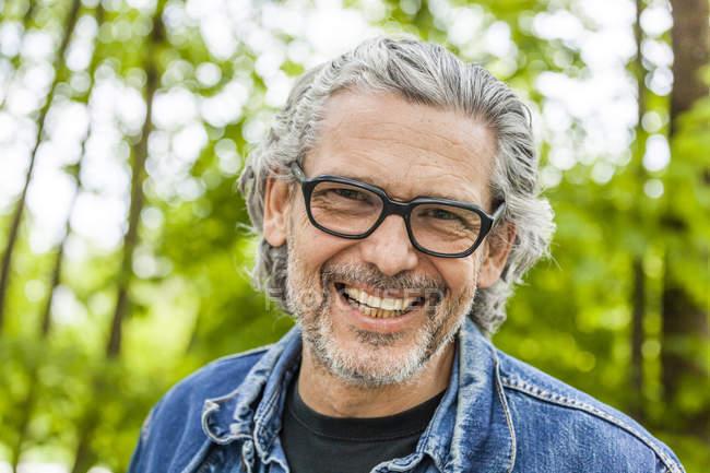 Man with grey hair and beard — Stock Photo