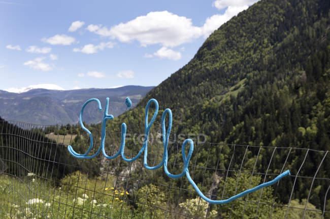 Слово Стиль в альпийском пейзаже — стоковое фото