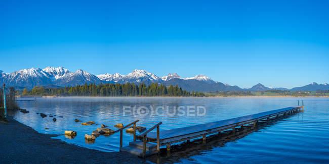 Lake Hopfensee in morning — Stock Photo