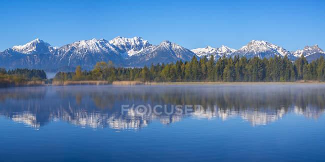 Озера Хопфензее ранок — стокове фото