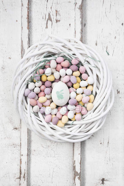 Easter nest of Chocolate Easter eggs — Stock Photo