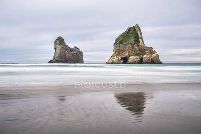 Wharariki Strand am Tasmanischen Meer — Stockfoto