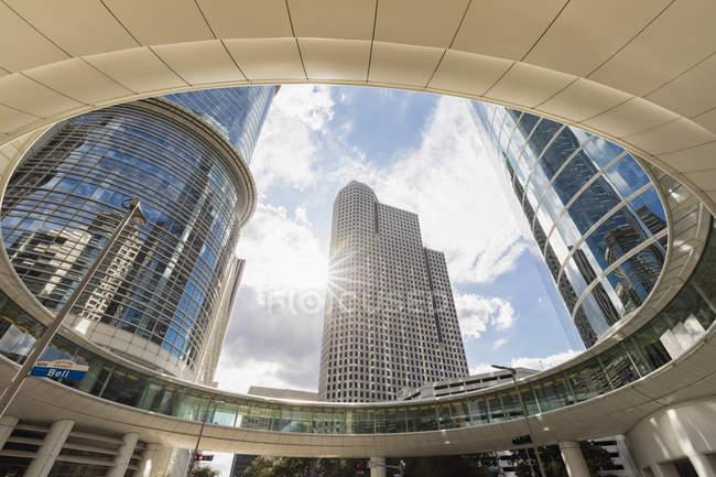 Компанія Chevron будівлі на вулиці 1400 Сміт — стокове фото