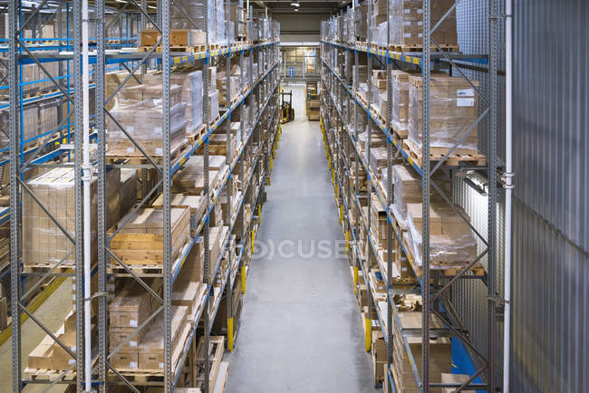 Interior of High rack warehouse — Stock Photo