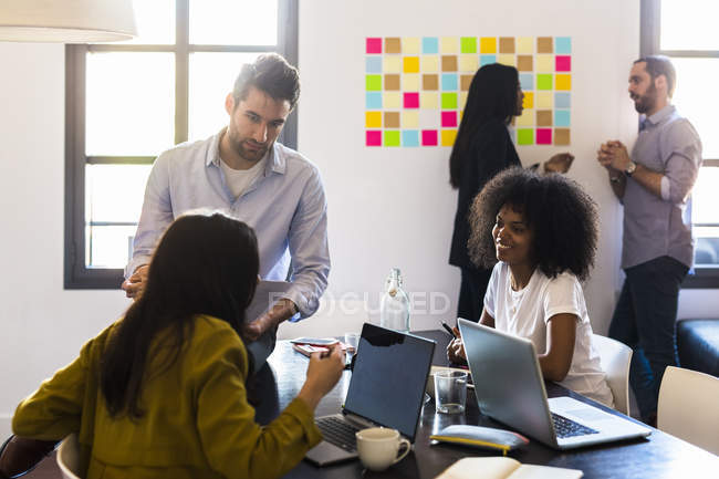 People having a meeting in office — Stock Photo