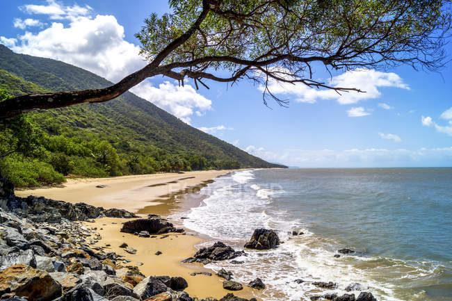 Queensland, coastal landscape — Stock Photo