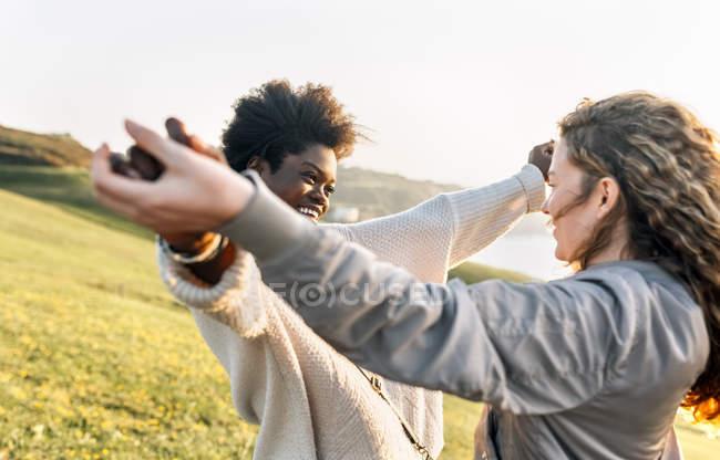Dois melhores amigos se divertindo — Fotografia de Stock