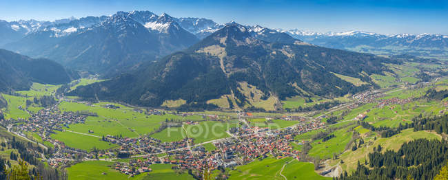 Ostrach Valley with Imberger Horn — Stock Photo