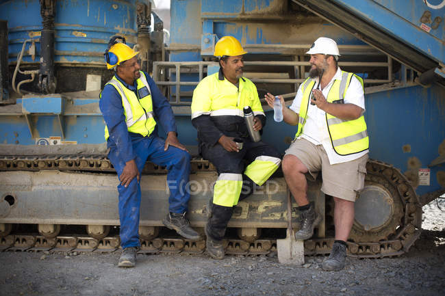 Colleague workers at quarry — Stock Photo