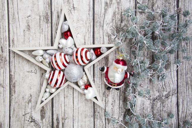 Decoración de Navidad en madera - foto de stock