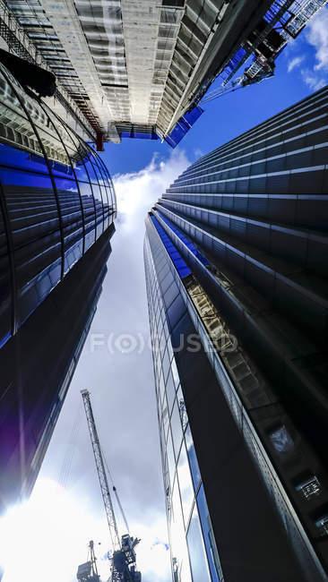 Façades des tours de bureaux, Londres — Photo de stock